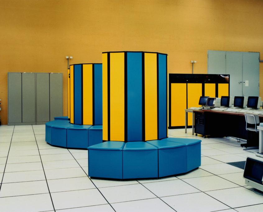 Lewis-Baltz_Organisation-Europeenne-pour-la-Recherche-Nuclaire-(C.E.R.N)_1989-1991_De-la-serie-89-91-Sites-of-Tech